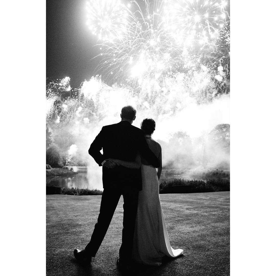 Meghan Markle i książę Harry na zdjęciu z wesela