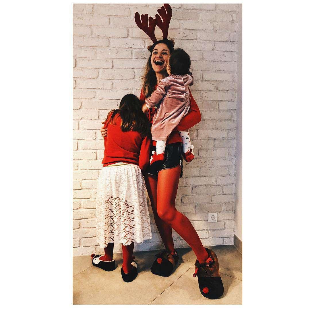 Joanna Koroniewska z córkami – Boże Narodzenie, święta 2018