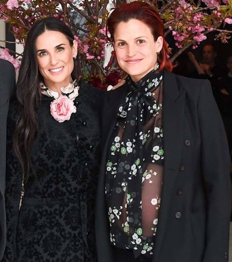 Demi Moore w lesbijskim związku z Mashą Mandzuką – projektantką z Serbii