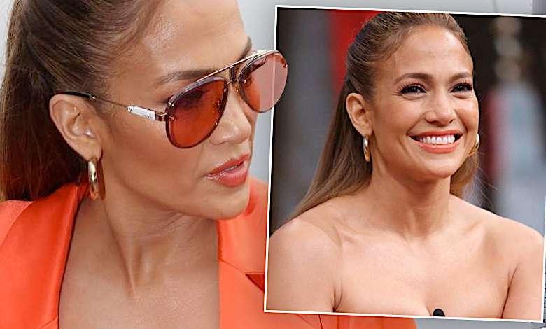 Piękny biust Jennifer Lopez o mało nie wyskoczył ze zbyt obcisłej sukienki! To chyba nie był jej rozmiar
