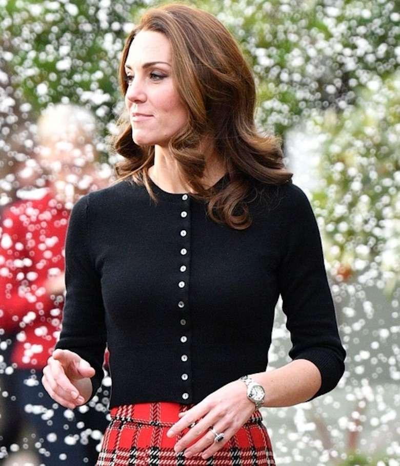 Księżna Kate w świątecznej stylizacji