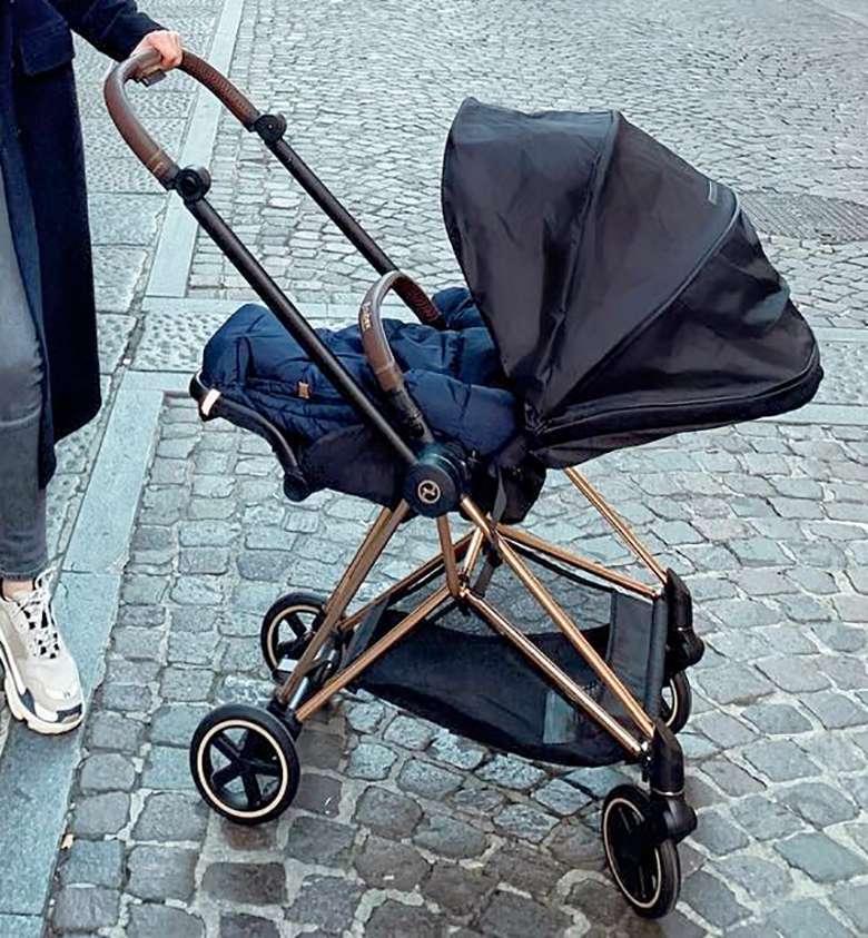 Wózek Liama Szczęsnego