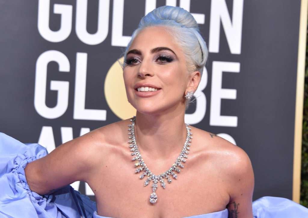 Lady Gaga w kreacji Valentino - Złote Globy 2019