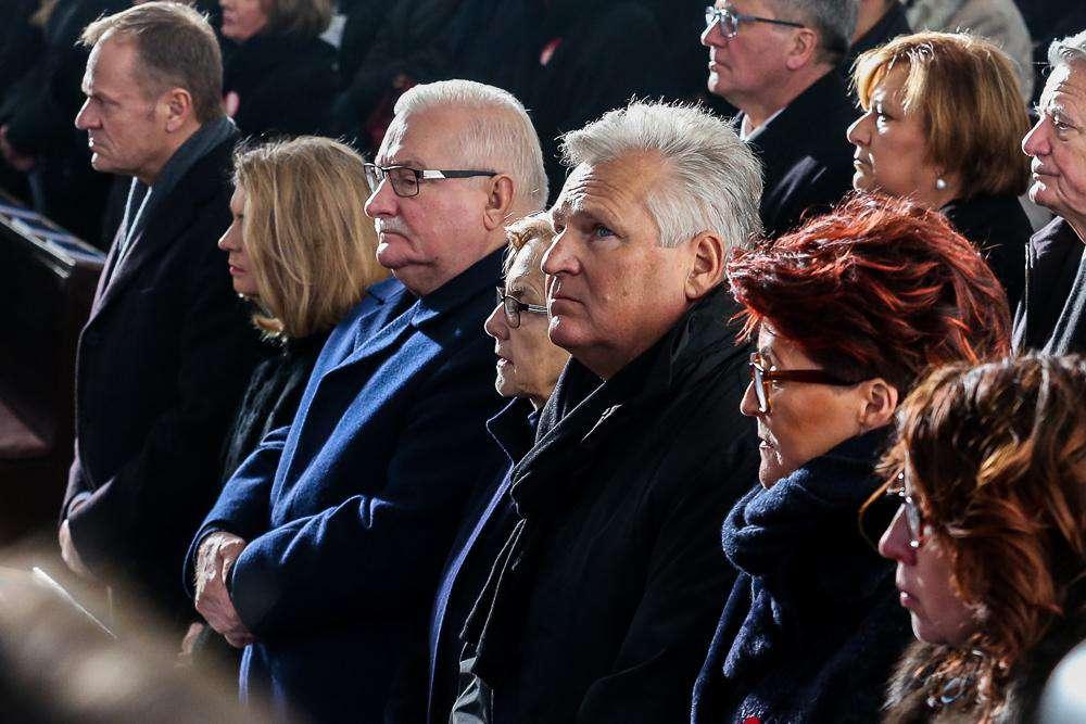 Donald Tusk, Aleksander Kwaśniewski, Jolanta Kwaśniewska, Lech Wałęsa - pogrzeb Pawła Adamowicza