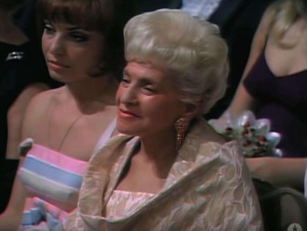 Ida Kamińska na ceremonii wręczenia Oscarów w 1967 roku