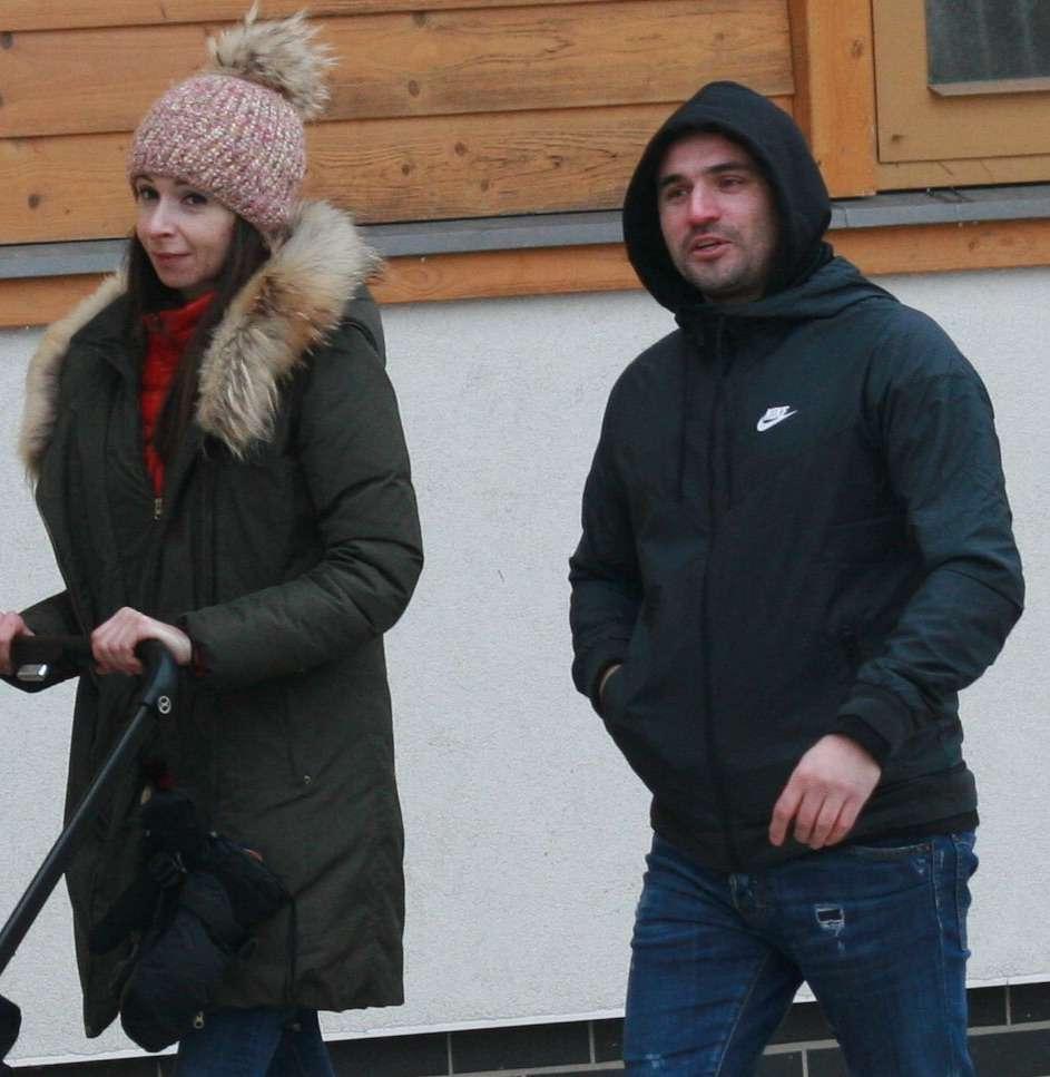 Zdjęcie (7) Marta Kaczyńska z byłym mężem przyłapana przez paparazzi! Bawili się wyśmienicie w towarzystwie małego Aleksandra