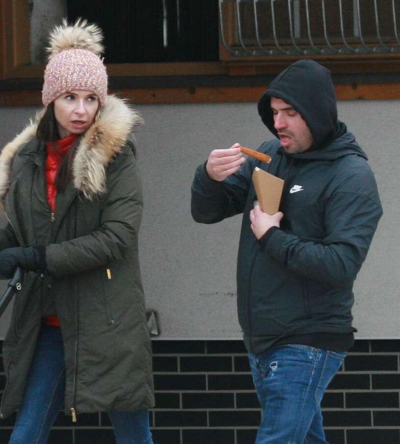 Zdjęcie (5) Marta Kaczyńska z byłym mężem przyłapana przez paparazzi! Bawili się wyśmienicie w towarzystwie małego Aleksandra