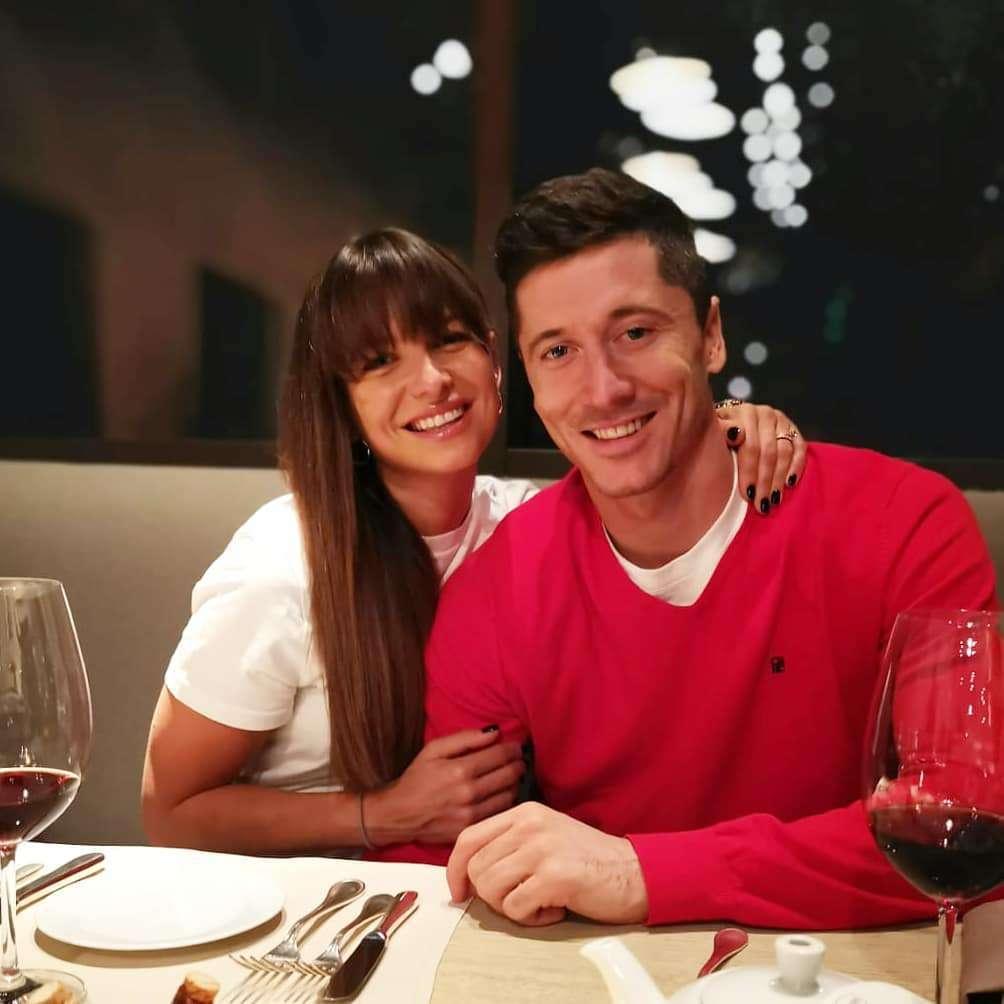 Anna Lewandowska i Robert Lewandowski na romantycznej kolacji
