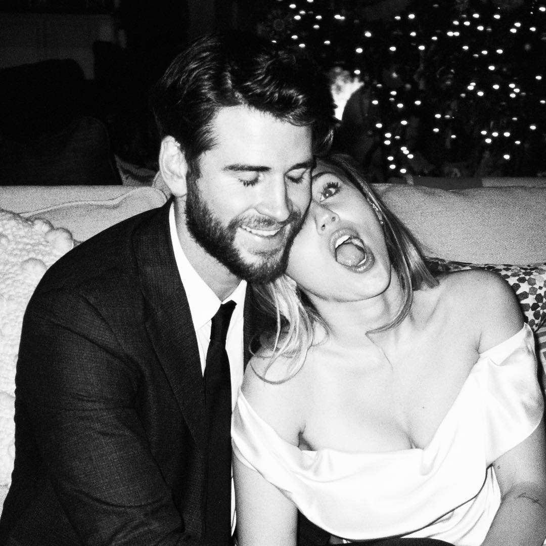 Miley Cyrus i Liam Hemsworth - nowe zdjęcia ze ślubu