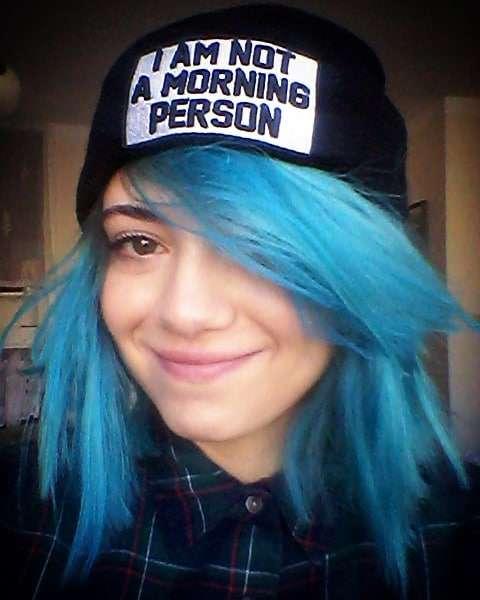 Adriana Kalska w niebieskich włosach jak EMO!