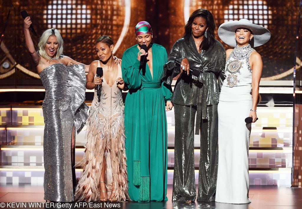 Jennifer Lopez, Jada Pinkett Smith, Alicia Keys, Michelle Obama i Jennifer Lopez – Grammy 2019