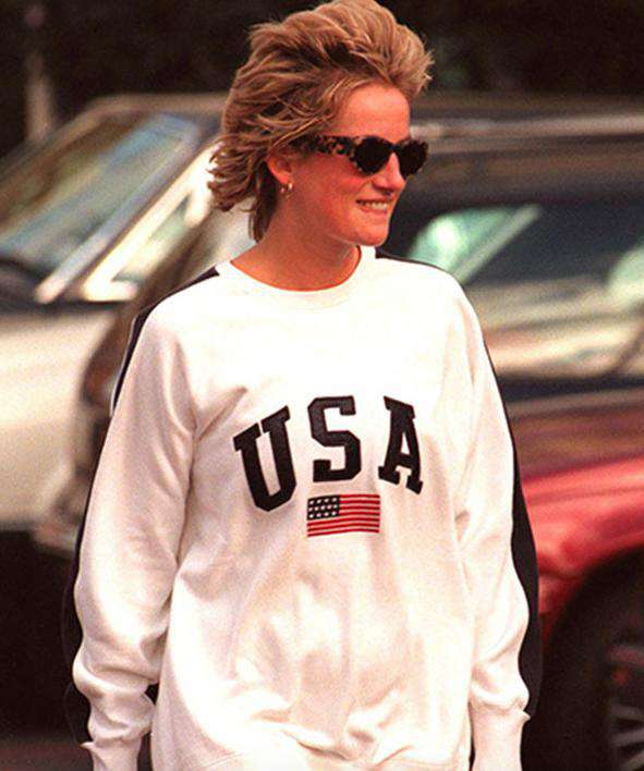 Księżna Diana w bluzie z napisem USA