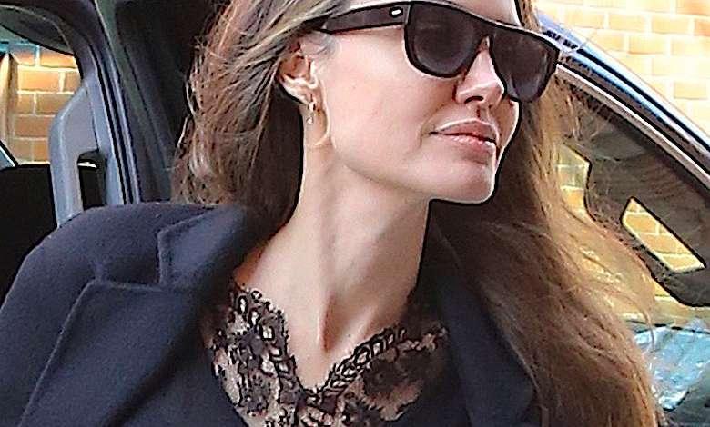 Angelina Jolie siwe włosy