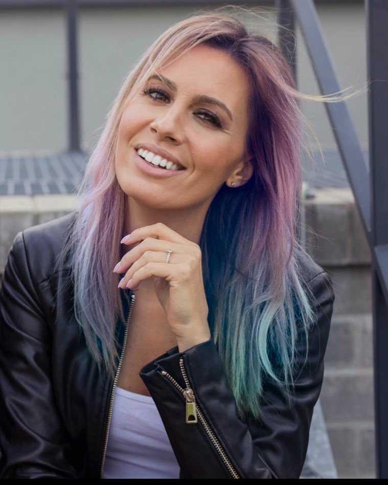 Agnieszka Hyży ma kolorowe włosy