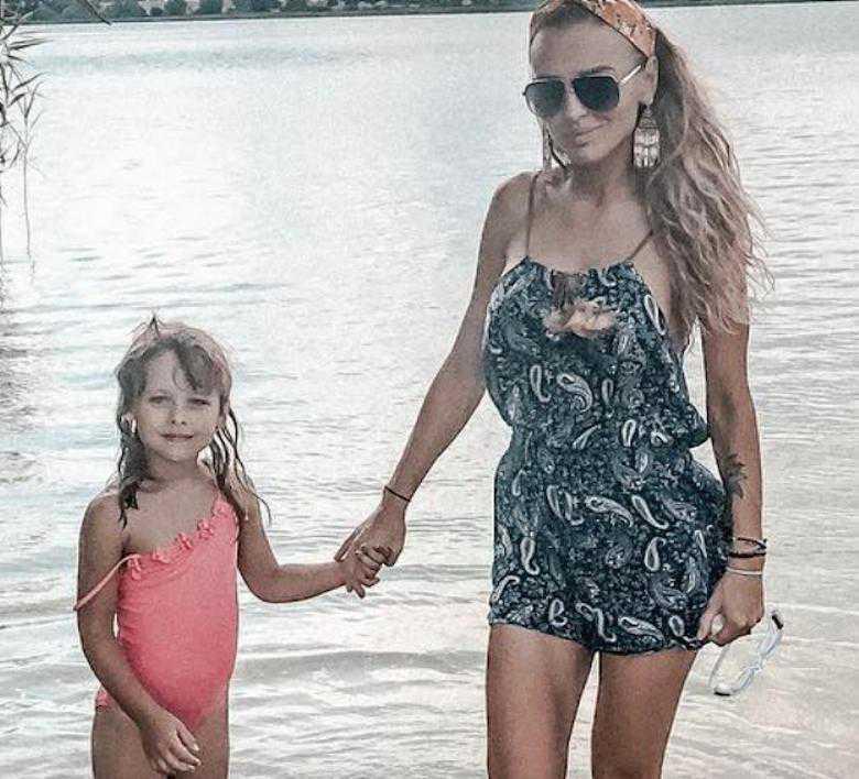 Izabela Krupa z córką Leą
