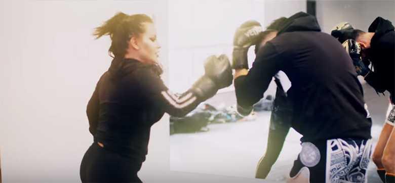 Esmeralda Godlewska- przygotowania do Fame MMA