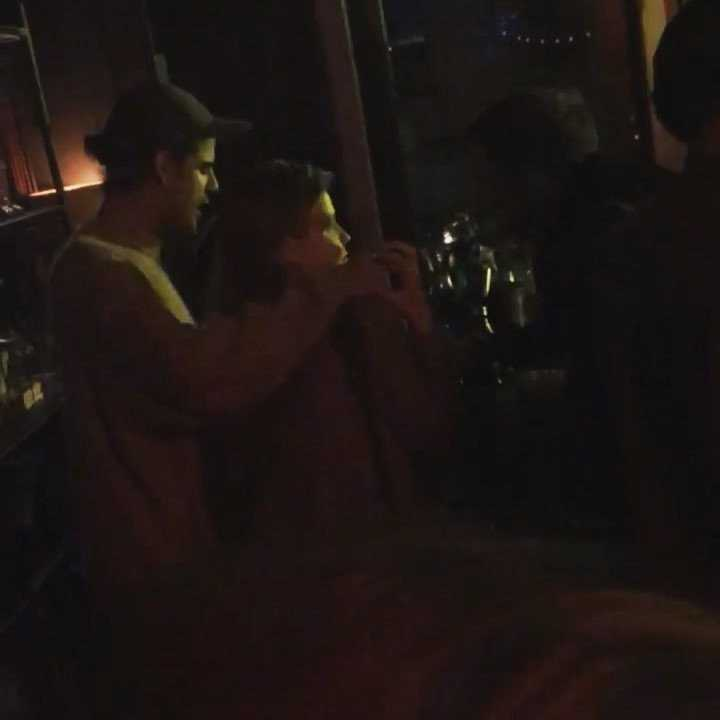 Iga Lis i Taco Hemingway w klubie (fot. Jastrząb Post)