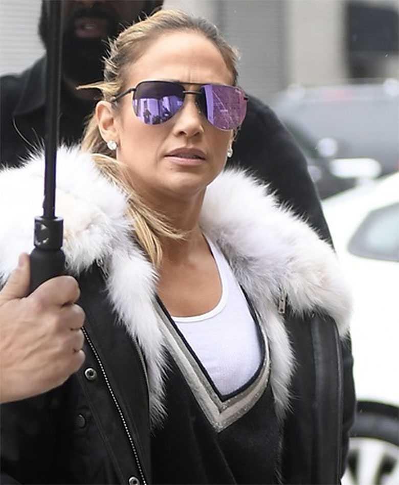 Jennifer Lopez w drodze na sesję zdjęciową