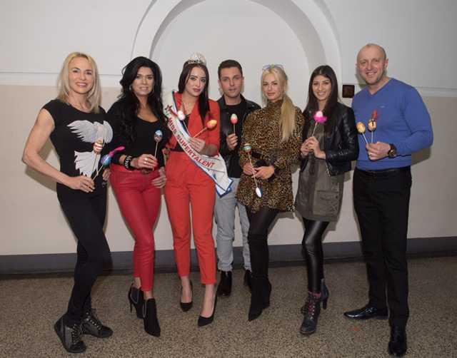 Paula Tunala, Monika Dubicz, Kamila Porczyk, Mariusz Węgłowski, Roksana Oraniec,
