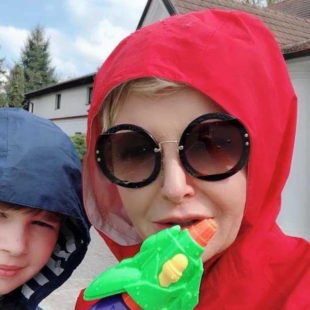 """Zdjęcie (6) Syn Joanny Racewicz nie jest już małym chłopcem. """"Jak on zmężniał"""" – komentują internauci"""