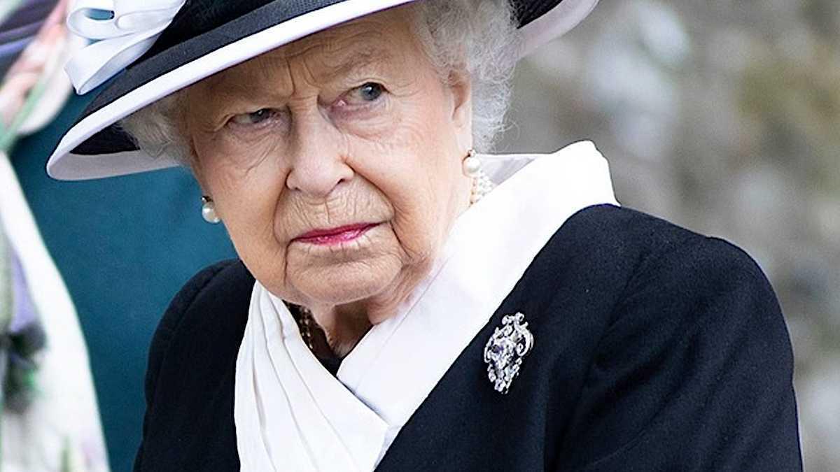 Królowa Elżbieta II - rodzinne afery