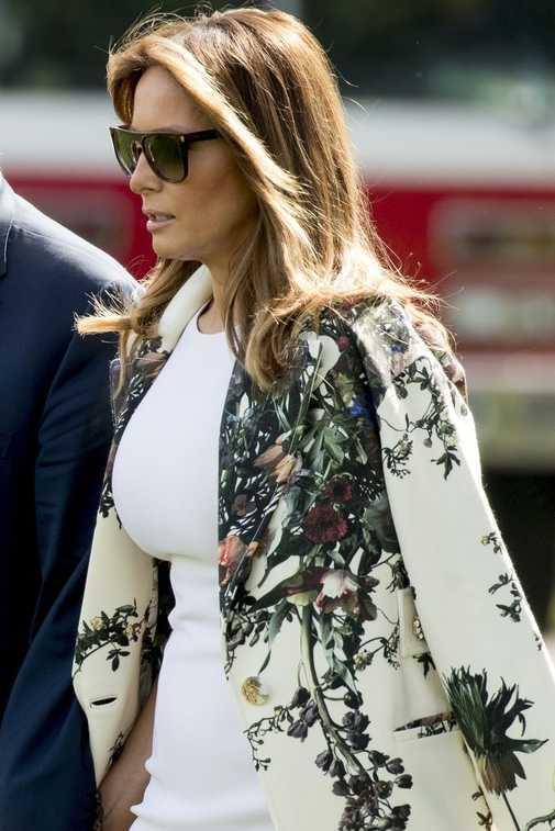 Zdjęcie (6) Melania Trump wreszcie przytyła? Luksusowa obcisła biała sukienka nie ukryła niczego