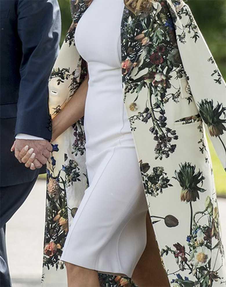 Zdjęcie (2) Melania Trump wreszcie przytyła? Luksusowa obcisła biała sukienka nie ukryła niczego