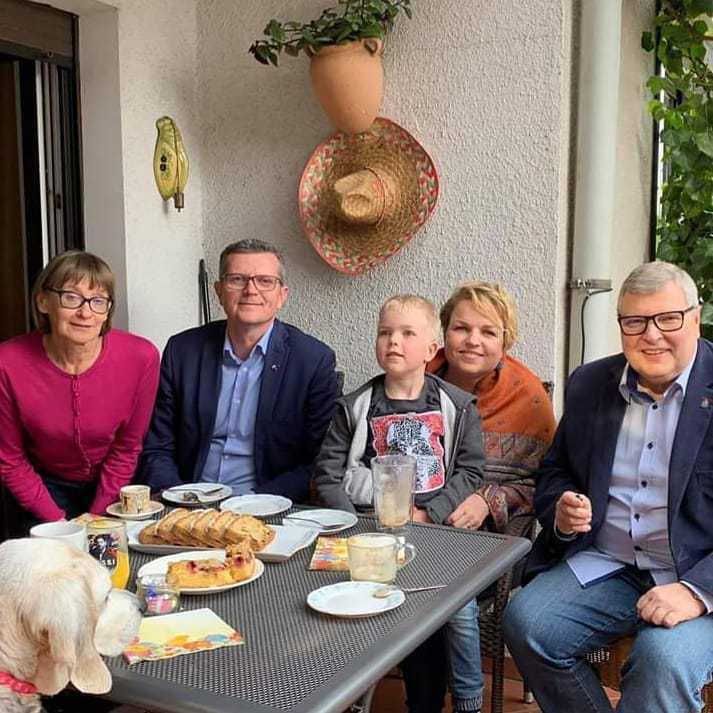 Marcin Bosacki z rodziną