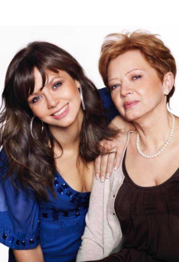 Kinga Rusin z mamą