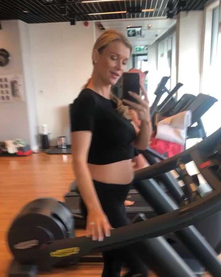Joanna Krupa w ciąży na siłowni