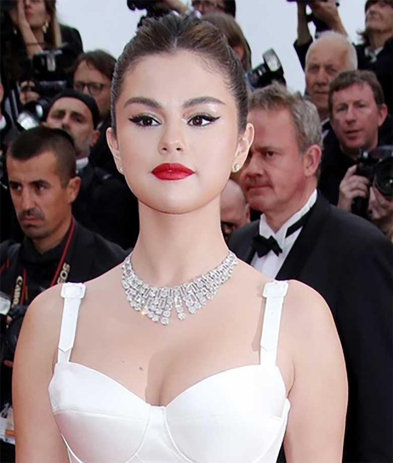 Selena Gomez - Cannes, makijaż