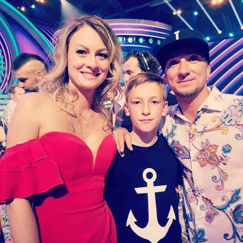 Bartek Boruc z żoną i synem Instagram