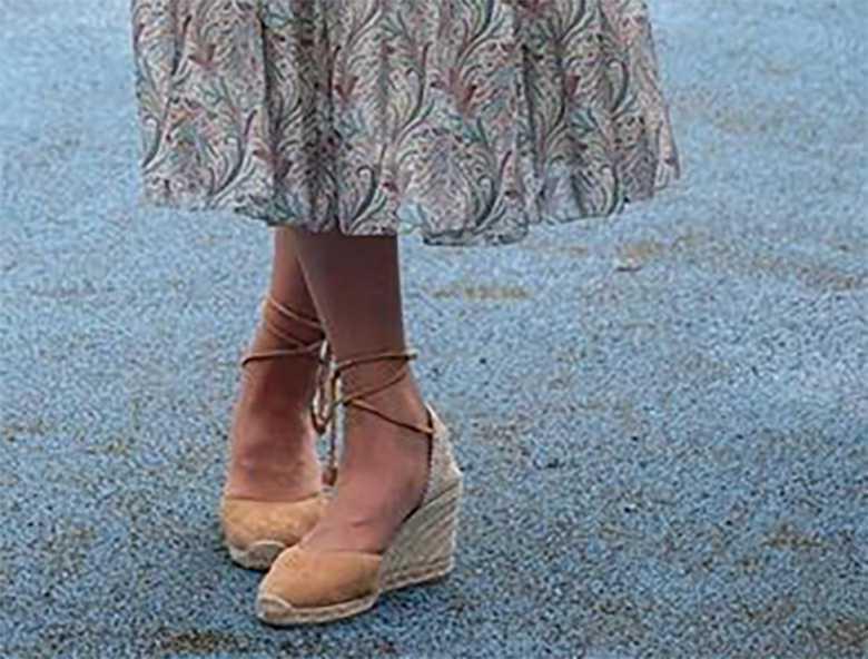 Księżna Kate w letnich butach podczas warsztatów fotograficznych