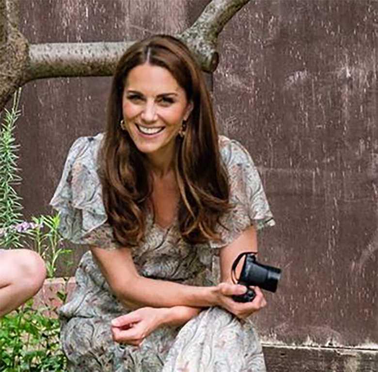 Księżna Kate postawiła na loki