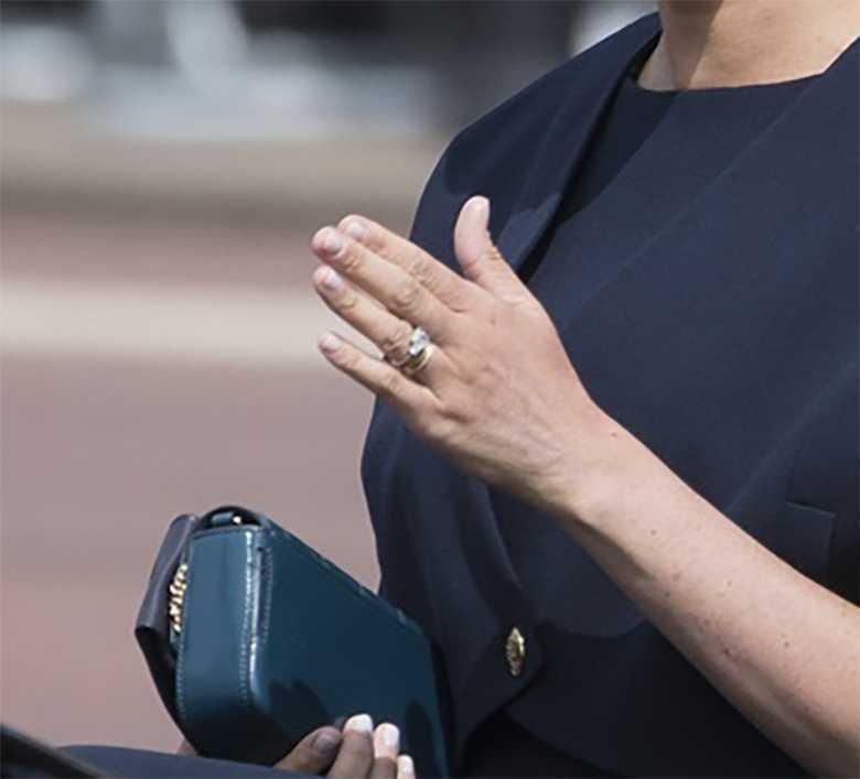 Meghan Markle - pierścionek, aktualnie