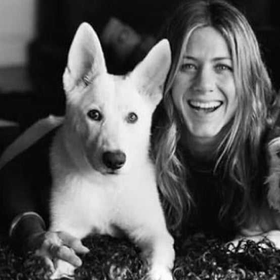 Jennifer Aniston i Dolly