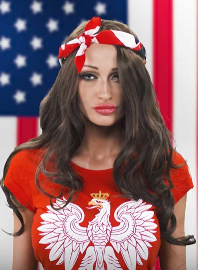 """Małgorzata Godlewska nagrała swoją wersję hymnu Stanów Zjednoczonych. Skrytykowała ją nawet Esmeralda: """"Nie podpisuję się pod tym g***em"""". Rzeczywiście jest tak źle? [WIDEO] zdjecie 1"""