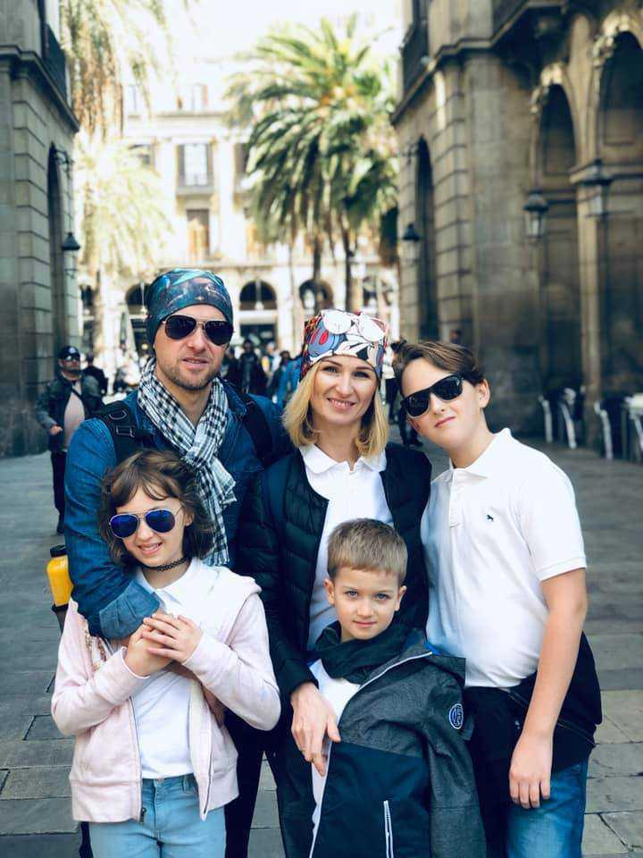 Damian Raczkowski z rodziną
