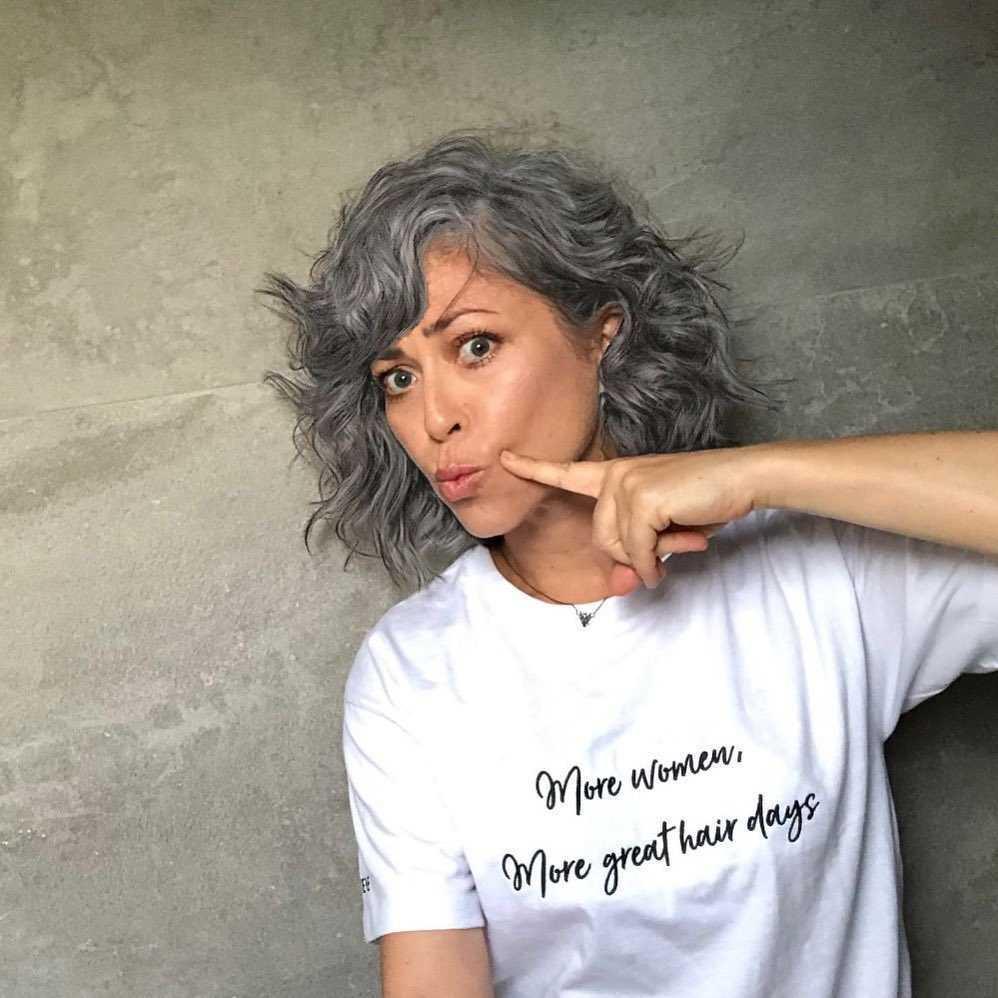 Natalia Kukulska w siwych włosach