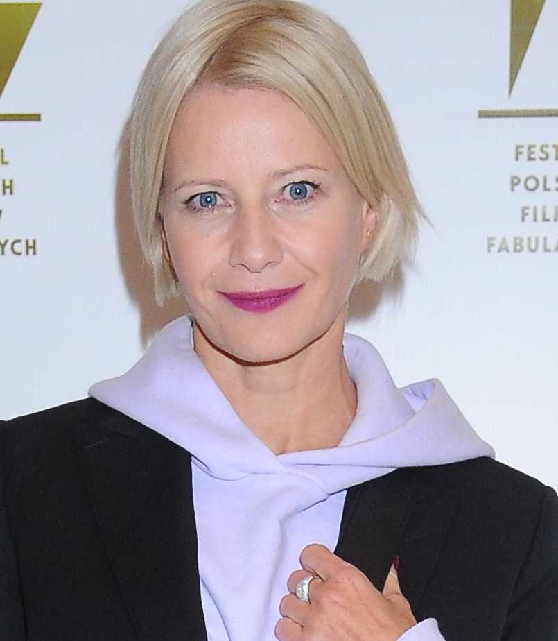 Zdjęcie (7) Małgorzata Kożuchowska w bluzie z kapturem na festiwalu w Gdyni. Trzewików pozazdrości jej każda stylowa kobieta