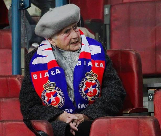 Julia Kmiecik