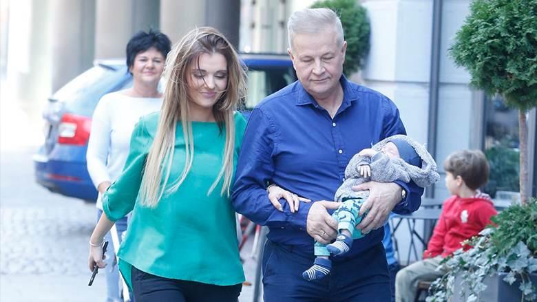 Apoloniusz Tajner i Izabela Podolec - szczęśliwi rodzice