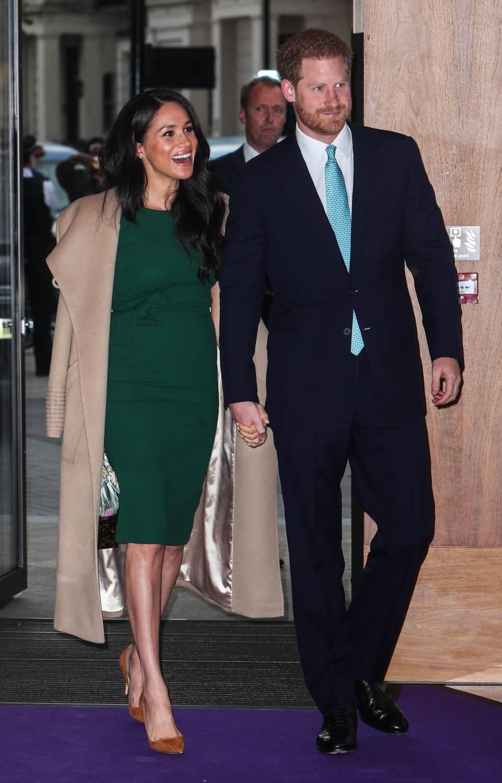 Meghan Markle drugi raz w zaręczynowej sukni. (WellChild Awards w Royal Lancaster Hotel w Bayswater, London)
