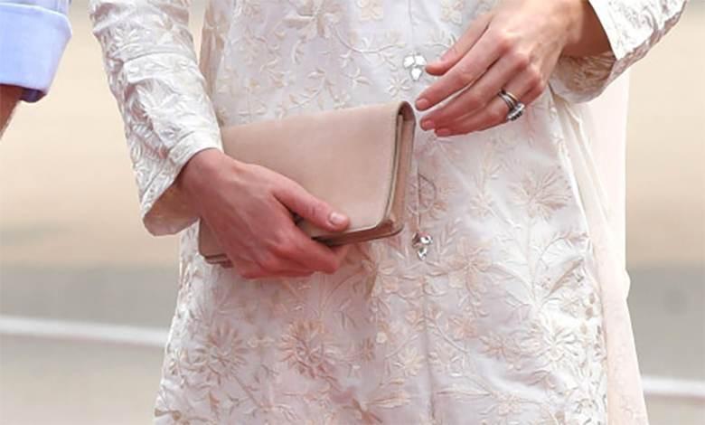 Zdjęcie (9) Idealny manicure księżnej Kate to zasługa kilku bardzo tanich produktów. Bez problemu dostaniesz je w Polsce