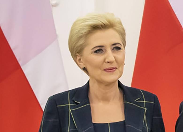 Agata Duda na Litwie. Jaki wybrała makijaż?