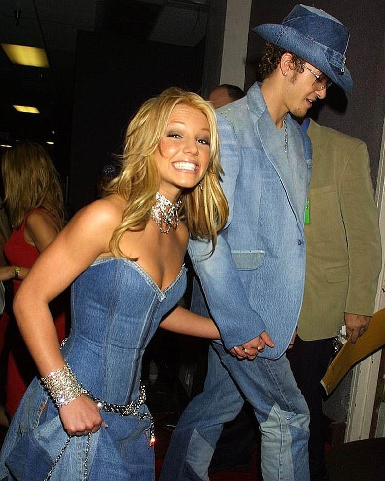 Iga Lis i Taco Hemingway odtworzyli strój Britney i Justina Timberlake'a