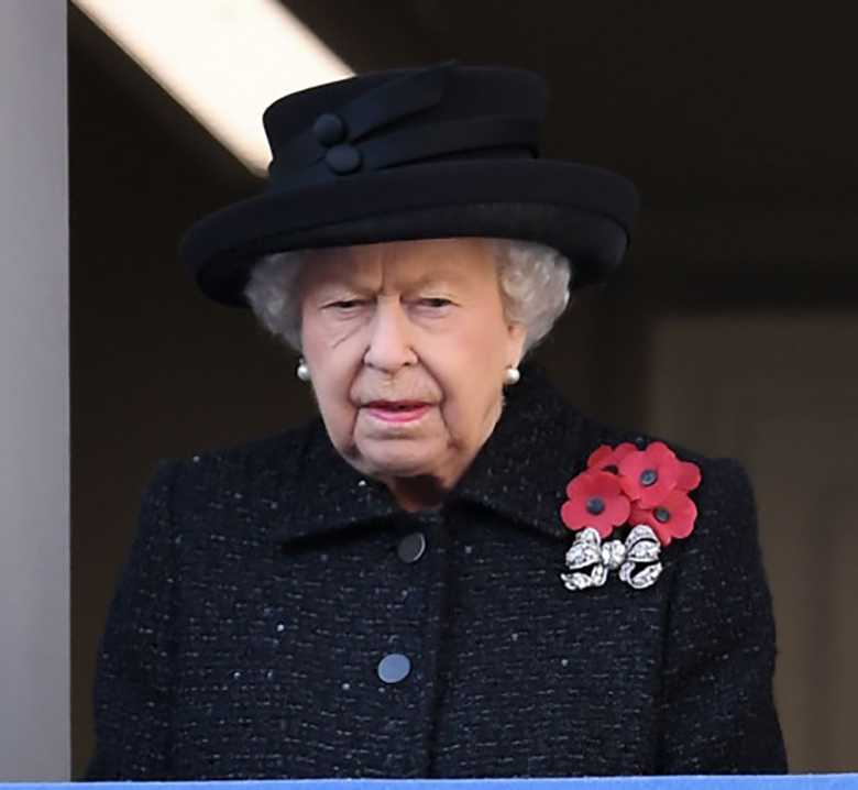 Królowa Elżbieta II na obchodach Dnia Pamięci