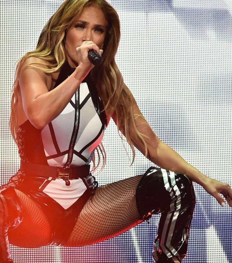 Jennifer Lopez w lateksowym body
