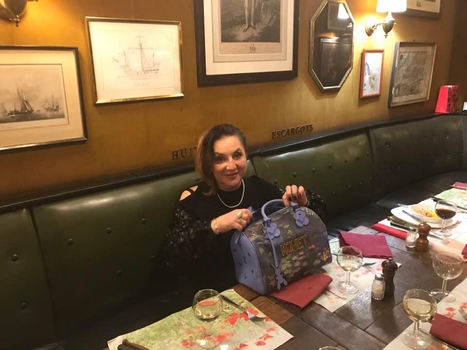 Zdjęcie (2) Żona Zenka Martyniuka ma oszałamiającą kolekcję torebek! Tylko za najnowszą zapłaciła 15 tysięcy złotych!