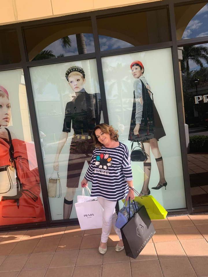 Zdjęcie (8) Żona Zenka Martyniuka ma oszałamiającą kolekcję torebek! Tylko za najnowszą zapłaciła 15 tysięcy złotych!